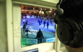 DJ DAX sleduje bruslaře každé úterý od 16 do 18 hodin při diskotékách na ledě.